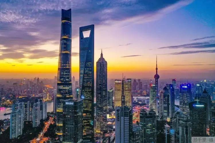 上海 2020GDP_上海香港人均gdp对比