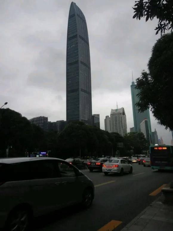 深圳经济总量和台湾_台湾经济总量图片