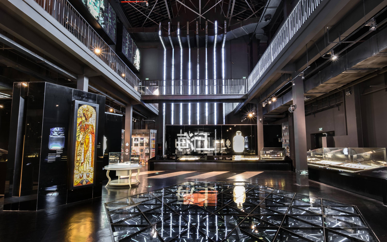 直播预告:馆长带你云游上海玻璃博物馆,过一个时尚的艺术年