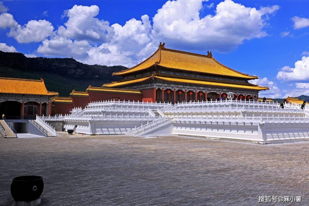 不去北京也能看故宫,浙江有一仿真故宫,门票170游客纷至沓来