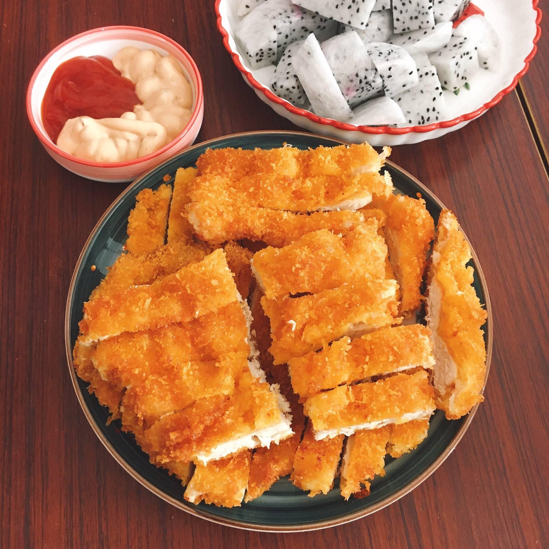 「炸鸡排」的做法+配方,在家自己做鸡排,干净又健康吃着放心