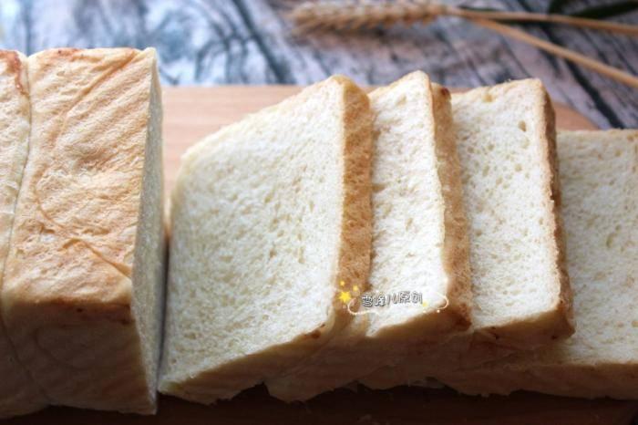 吐司面包不柔软?很多欧冠买球网站人第一步就做错了,难怪