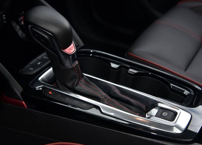预算有限又不想选国产,这款合资SUV12万多,配四驱+9AT
