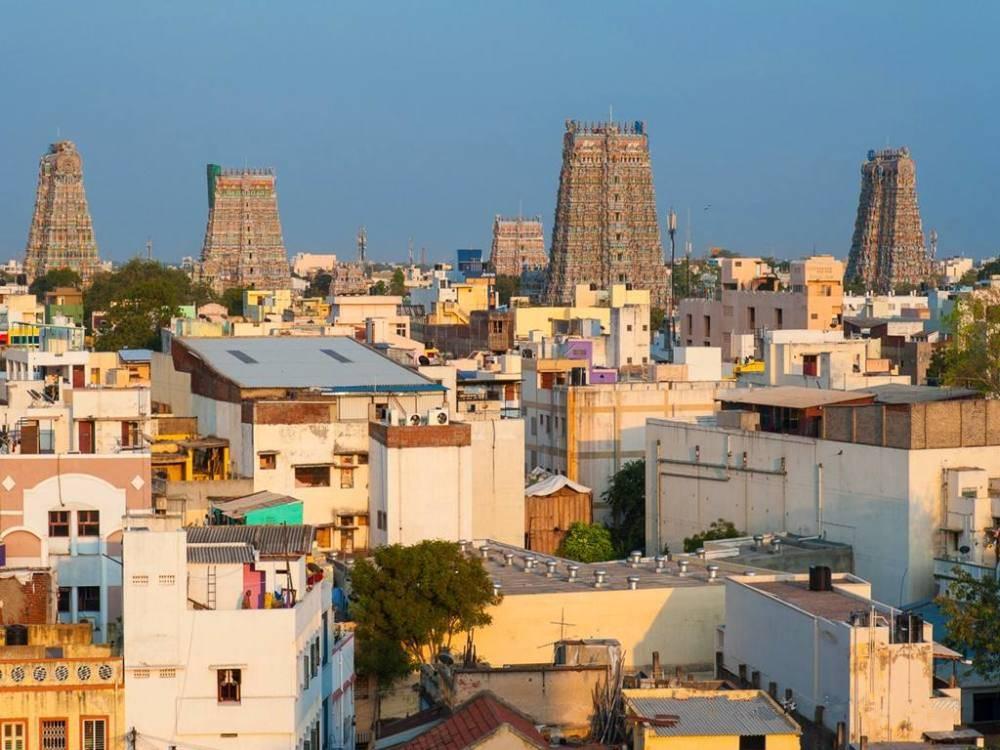 印度最富有的一个邦,人均GDP达3700美元,当地医疗教育都免费