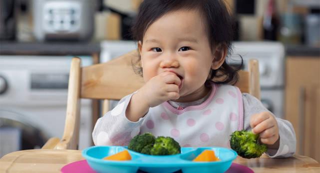 刘璇儿子4岁还不让吃盐,孩子到底几岁能吃盐?附1  第8张