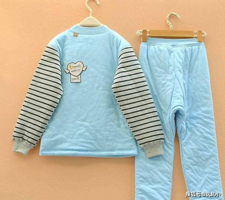 冬天再冷,这3种衣服宝妈也尽量少给孩子穿,可能会损害孩子健康