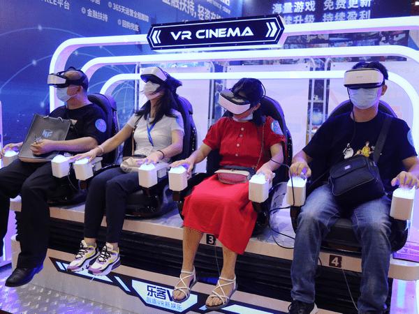 VR虚拟现实技术,开启电影院的新篇章