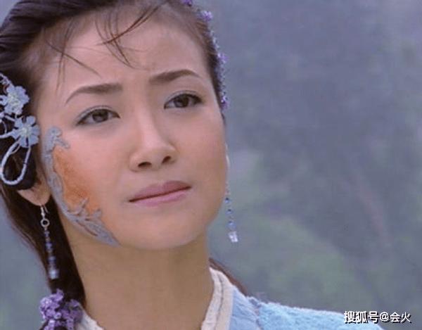 x陈紫函晒与小9岁老公恩爱照,皮肤滑嫩宛若少女,结婚5年无儿女  第8张
