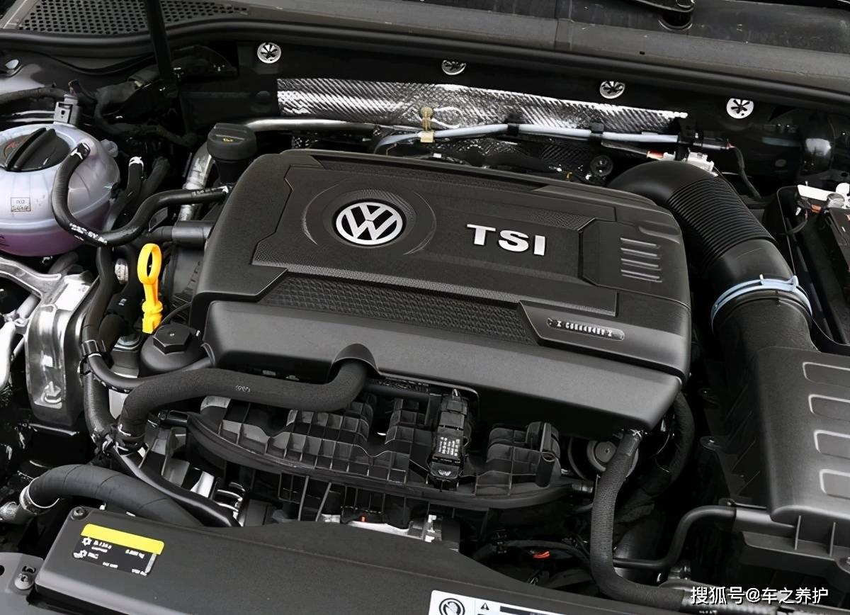 原装2.0T涡轮增压!相比丰田8AR,大众EA888更强。