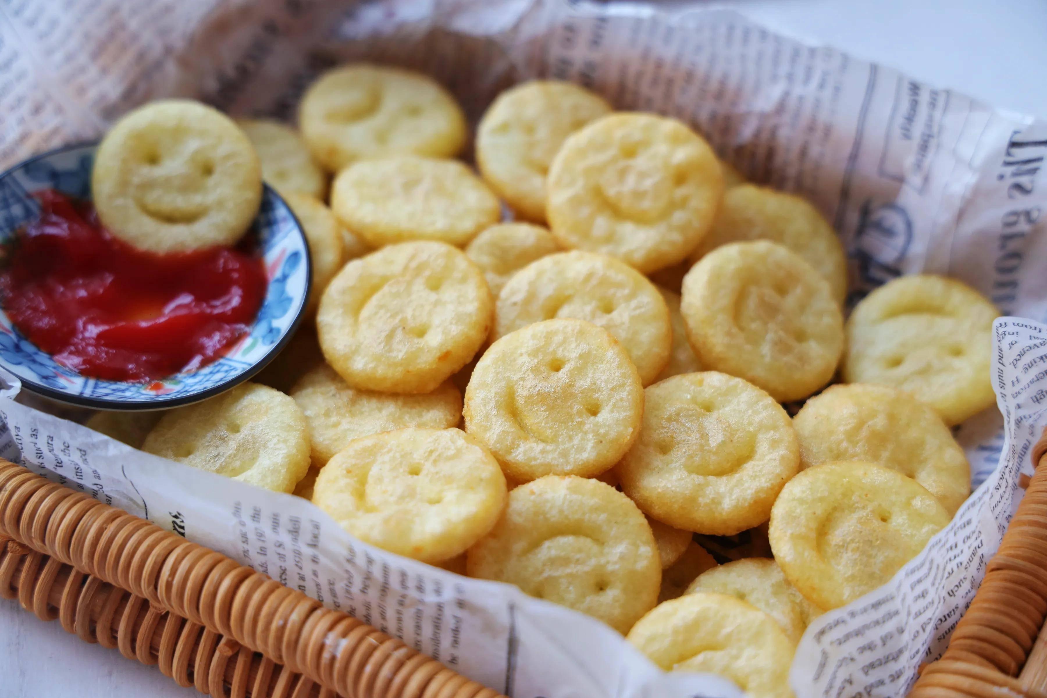 饭店的笑脸土豆,原来是这样做的,特简单,一口一个真好吃!