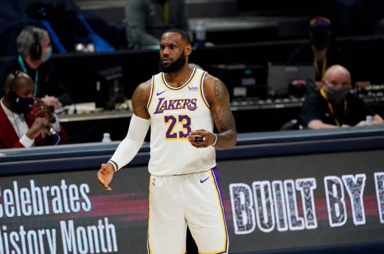 原创             NBA官方更新球队战力榜:快船第五,湖人仅第三,篮网飙升至第二