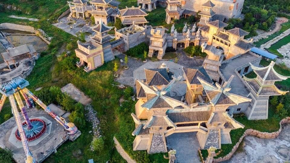 原创             春节期间淮南最火的景区,不是知名的旅游景点,而是废弃的游乐场