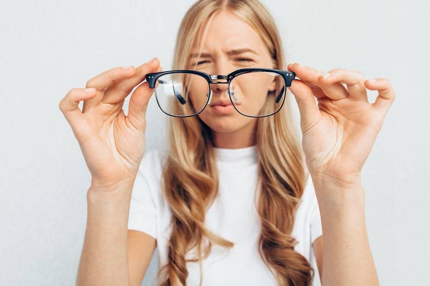 转发各位父母:这种眼镜根本不能矫正儿童视力,真的别再被坑了