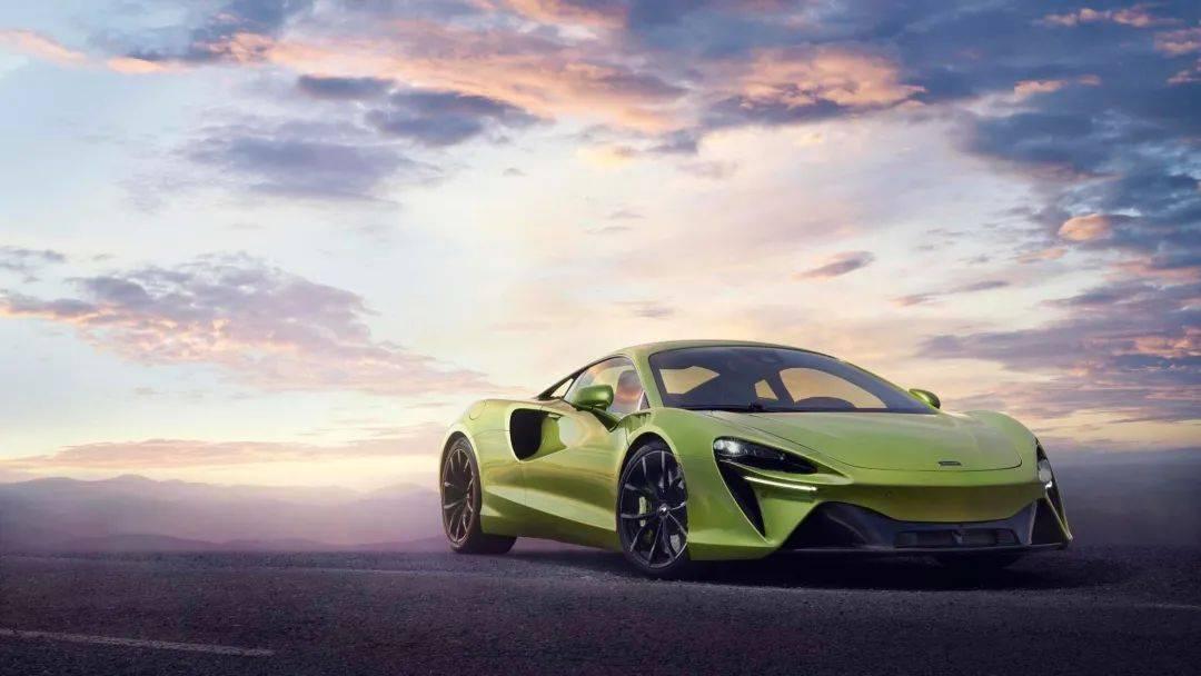 """""""牛马""""的地位不保?全新混合动力超级跑车迈凯轮阿图拉正式发布"""