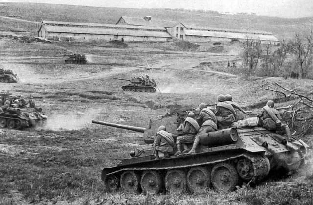 都说二战中德军的闪电战很厉害,为何惨败苏联?其实《孙子兵法》早给出答案
