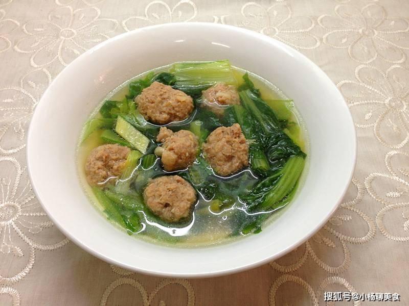 小白菜加此物煮汤,脾胃越来越好,大便也通畅了
