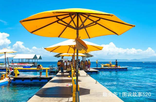 没蓝梦岛有名,巴厘岛隐匿一座7000人小岛,美成画儿一样