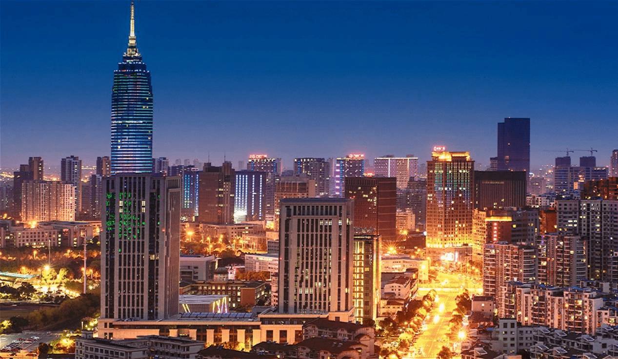 江苏一三线小城:人均GDP16.5万比杭州还高,高铁发展完善