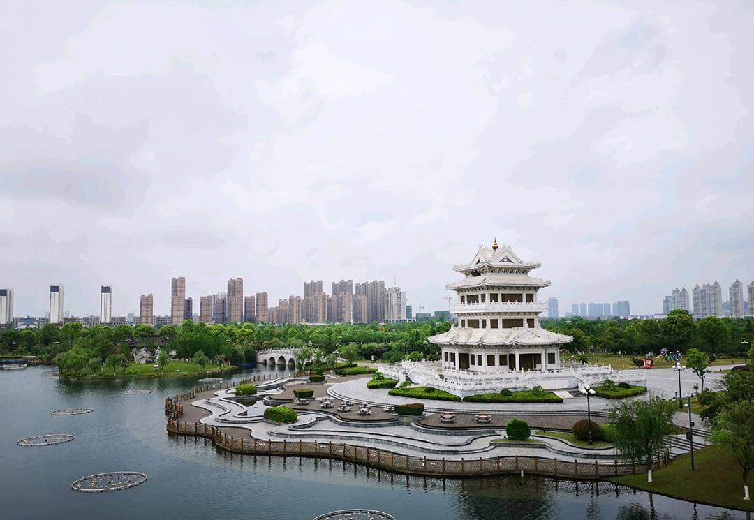 """江西人杰地灵的城市,被誉为""""江右古郡"""",还拥有蜜桔之乡"""