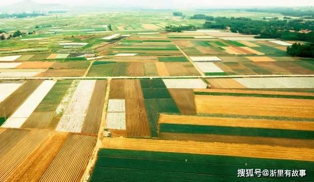 浙江是山区还是水乡,其实两种气质都有,从浙江人的性格就能判断