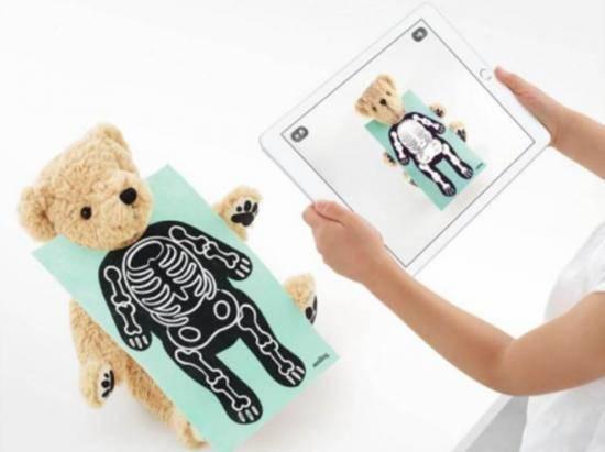 """原创             泰迪熊Parker、""""哈雷熊"""",AR技术能否成为实体玩具的救命稻草?"""