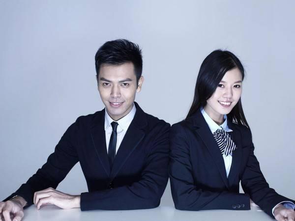 原创女生和女同事私约,公司要管。当一个员工或者幼儿园小朋友?