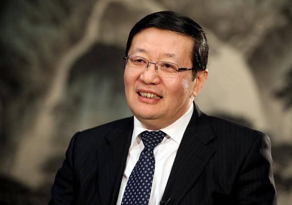 楼继伟:过去一两年,人民币仍在升值,在中国投资是一个机会