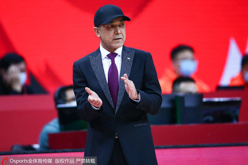 阿的江:新疆需要反思和改变 队员场上没化学反应