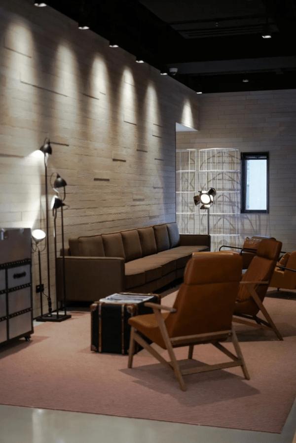在时间中等待的艺术展就在HOTEL35悄悄举行,是什么体验?