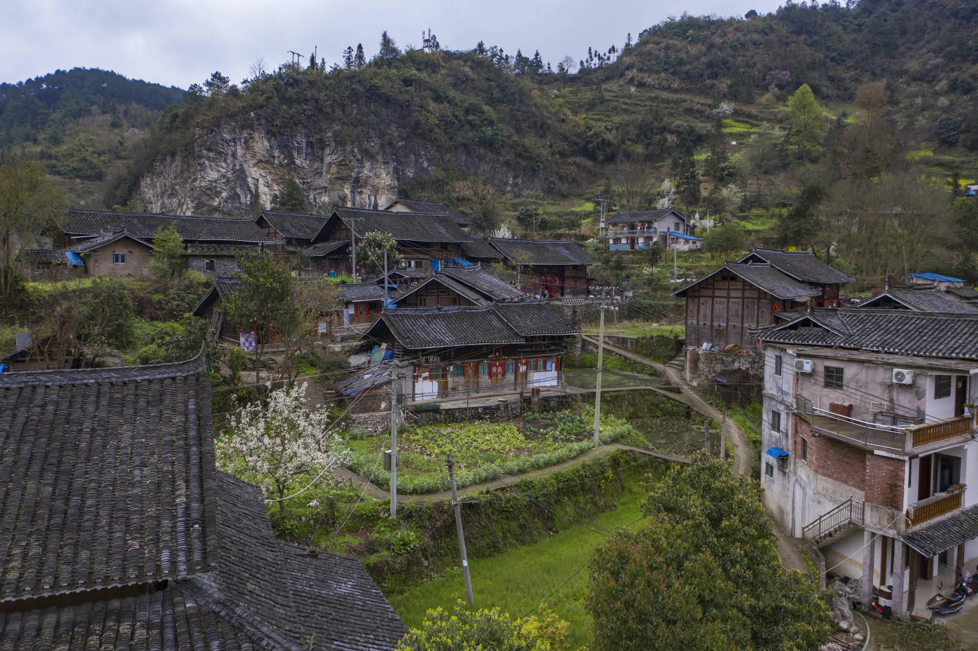 原創             貴州山洞里藏著千年法術,中國文物指定修復紙,如今卻面臨失傳