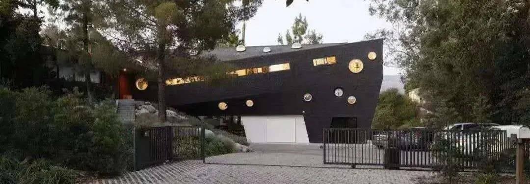 明星豪宅大曝光:林俊杰有2个客厅,她家别墅价值三亿(图5)