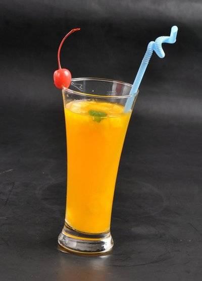 心理测试:4杯饮品你更喜欢哪一杯,测你未来的老公会宠你吗