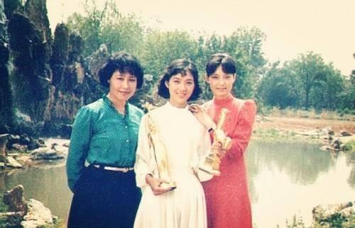 80年代老照片:明星们的青春合影不看名字你能认出谁?插图5