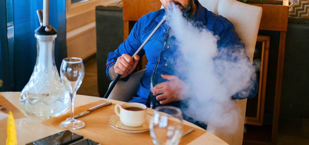 阿拉伯人最爱吸什么?