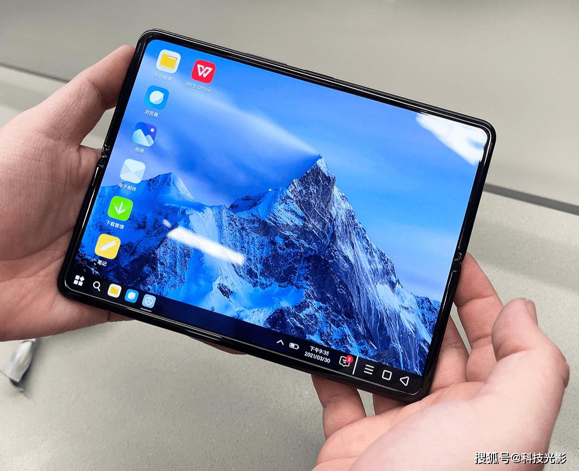 小米MIX FOLD简评:打造更具性价比的折叠屏手机