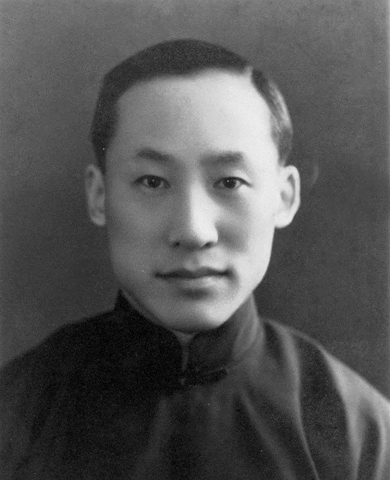 他12岁考上清华,为祖国培养了79位院士,却在72岁精神失常沦为乞丐!