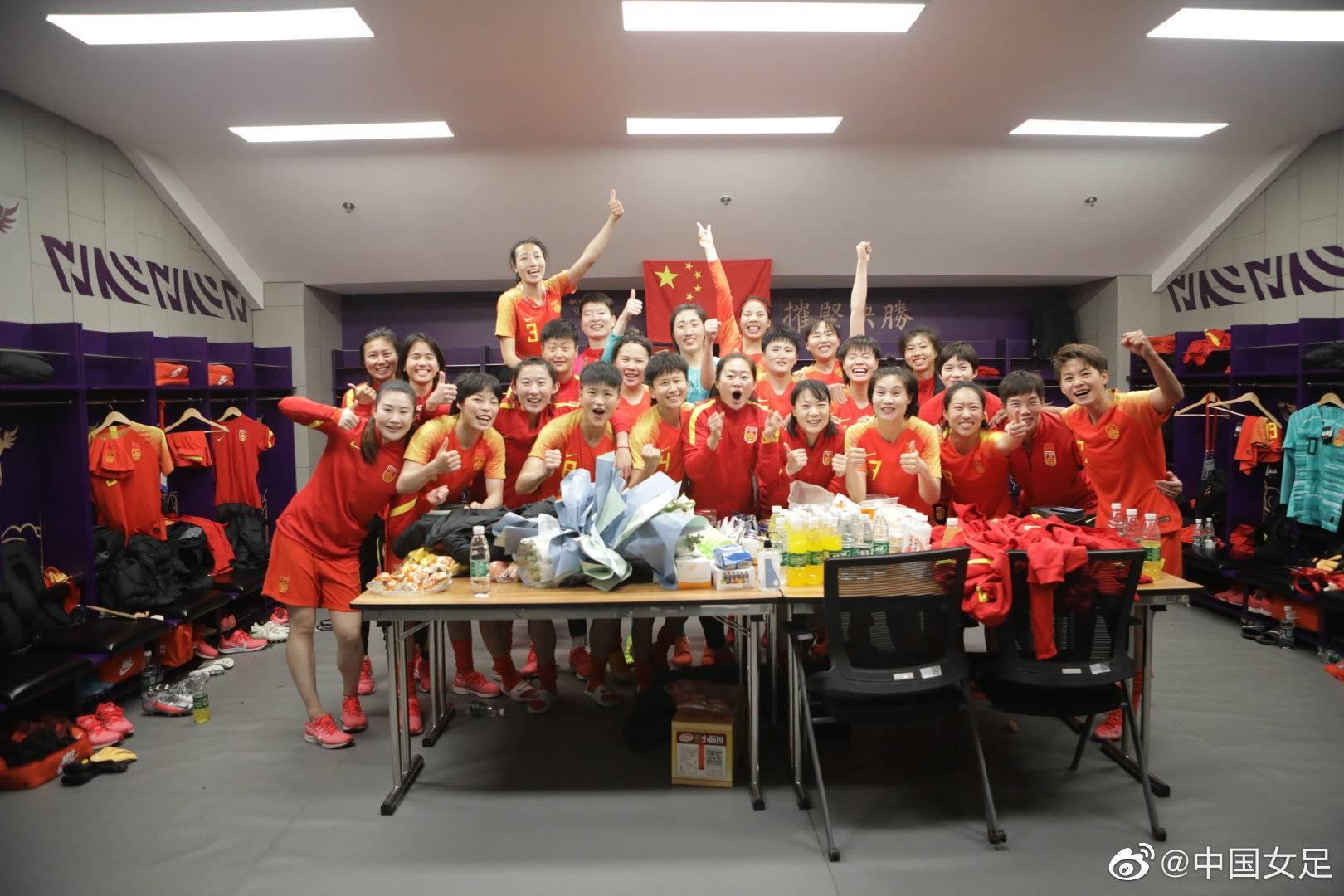 媒体人热议中国女足:救了中国足球 否则积重难返