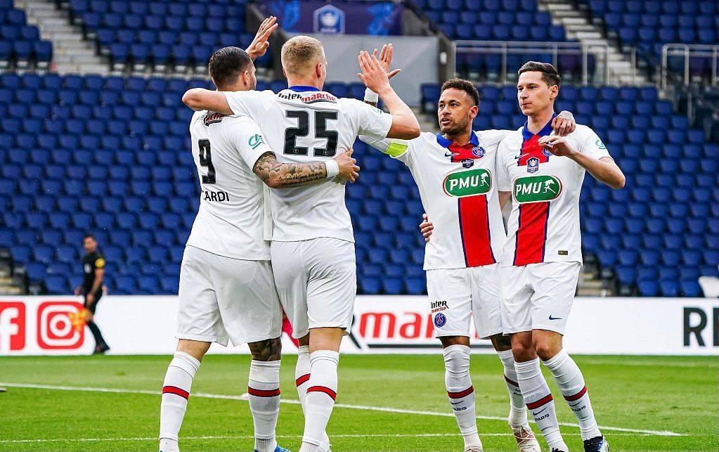5-0横扫!法甲豪门踢疯了,强势晋级半决赛,内马尔独造2球