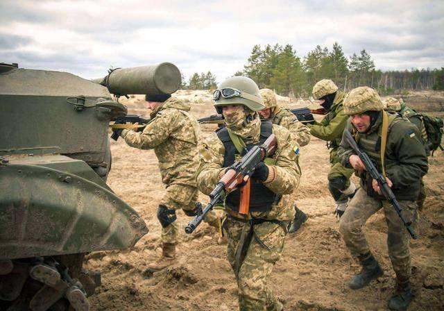 看清现实!泽连斯基幡然醒悟:帮欧洲挡箭,欧洲却只会利用乌克兰
