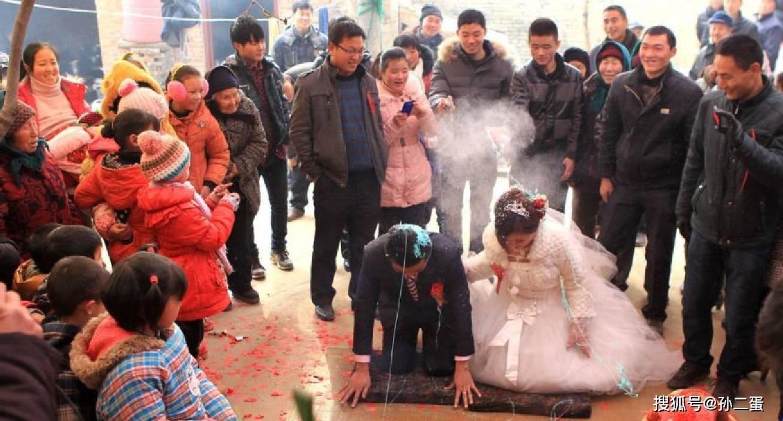 25岁河南农村结婚了吗 农村25岁还没结婚晚吗