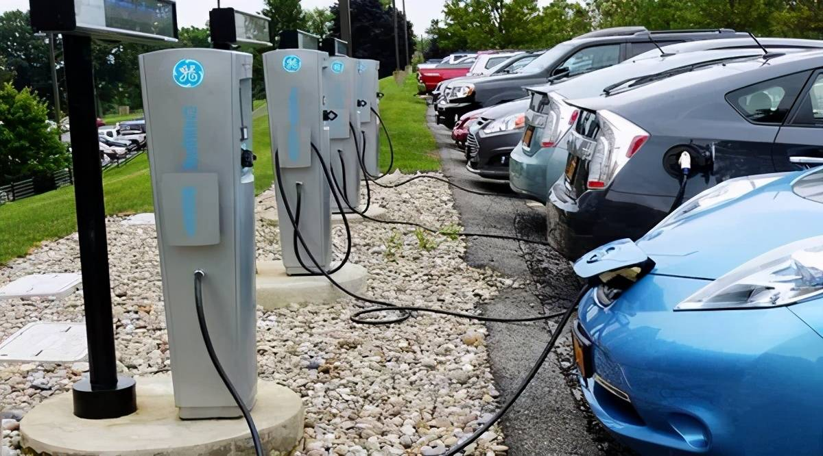 电动车充电时间将大幅缩短?恐怕没那么容易