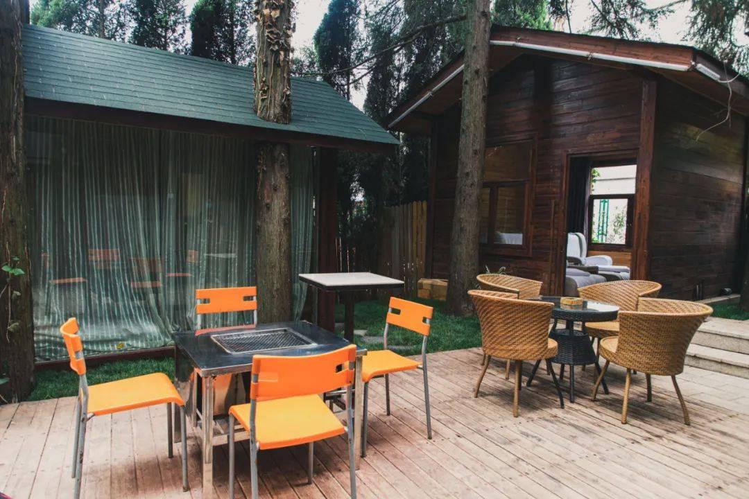 昆明金殿后山的森林温泉,五一啤酒烧烤节欢乐畅享,没有套路!