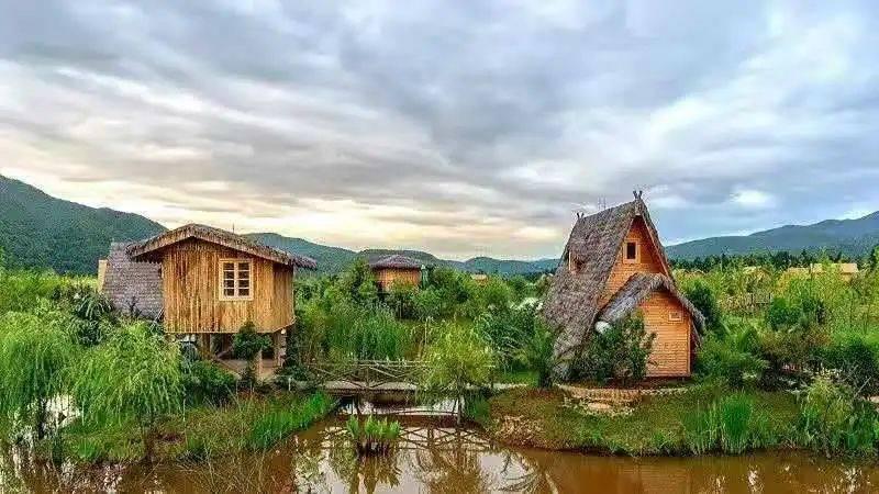 你是否总向往着,过一过这诗意田园的慢生活?五一来这里享受一下吧~