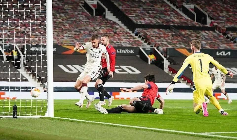 原创             曼联6-2逆转锁定欧联杯决赛名额!后发制人,索帅击垮罗马破魔咒