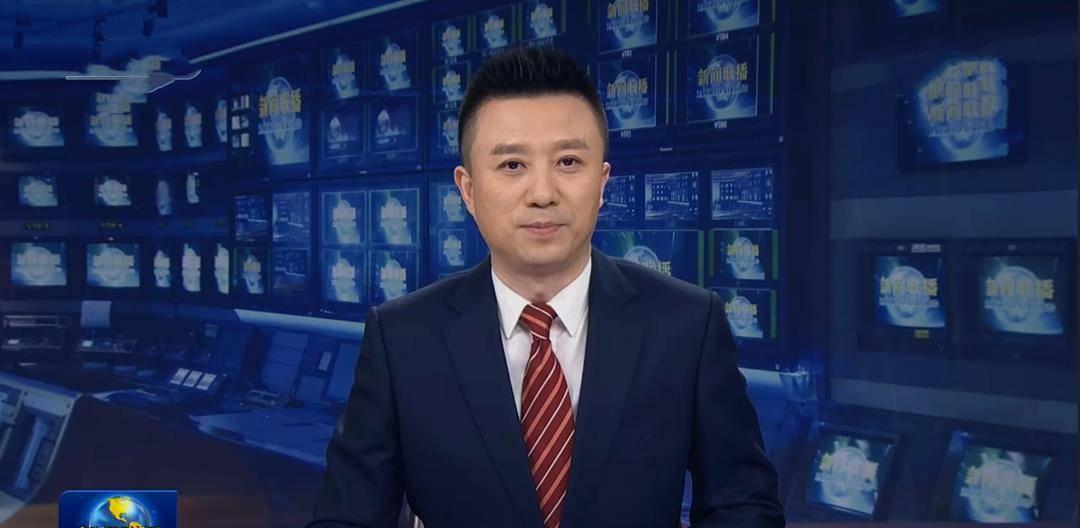"""新闻联播迎来新主播""""潘涛""""而家人却毫不知情网友用力有点猛"""