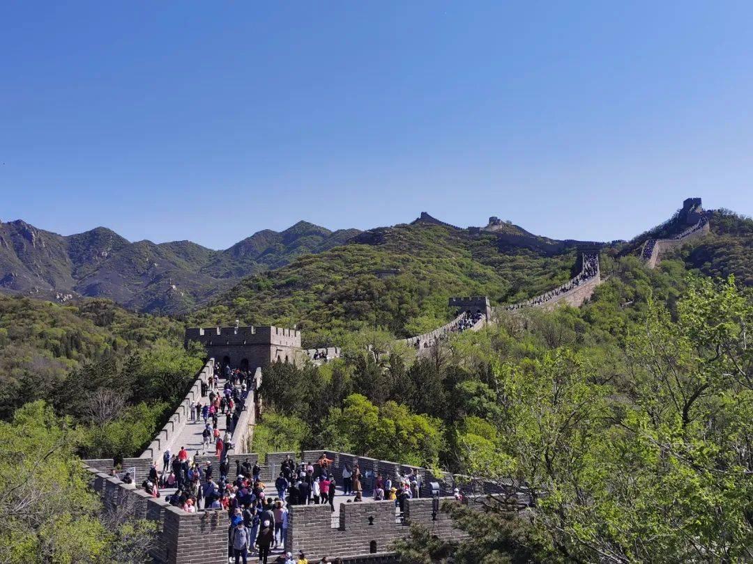 """延庆八达岭景区为游客提供有力保障 """"五一""""期间寻人、寻包200余次"""