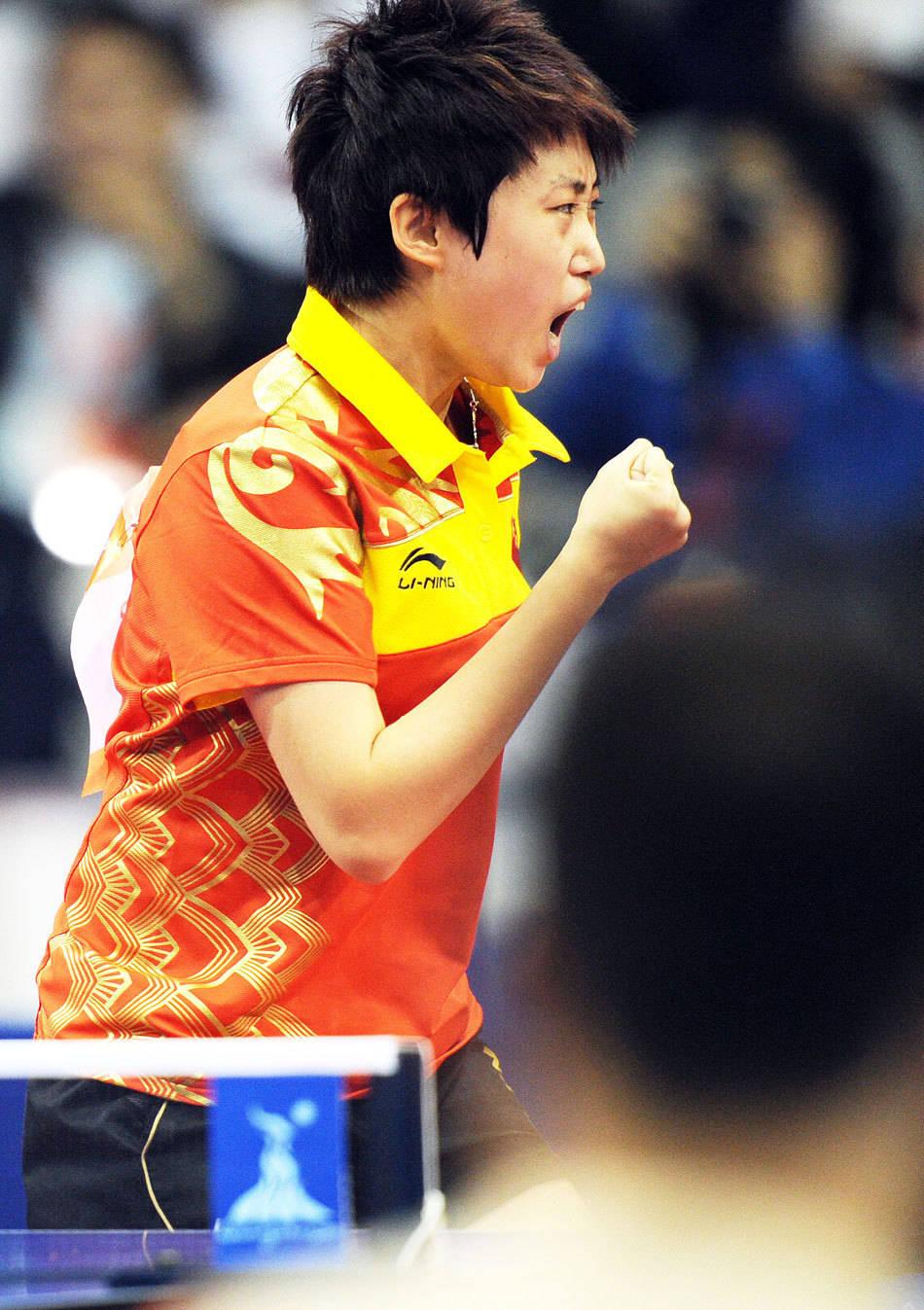 奥运冠军郭跃,肤色白皙五官精致,和她运动员时期的样子相差极大