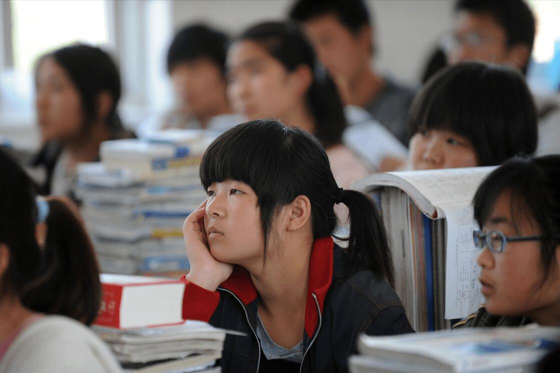 中考迎来大变化,一半学生将去读技校,难道工厂招不到工人了?