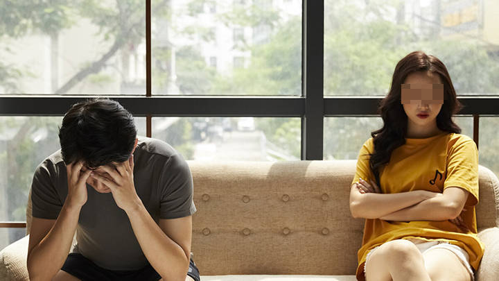 夫妻俩AA制20年,一方用存款买一套房,另一方也毫不知情