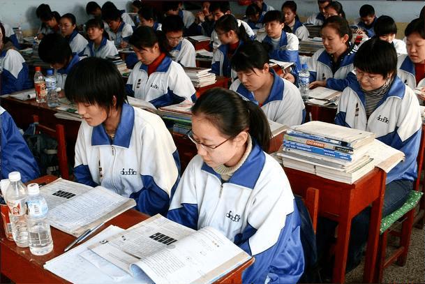 中考通过率50%,一半初中生将无缘普通高中,相关教育部门作出回应